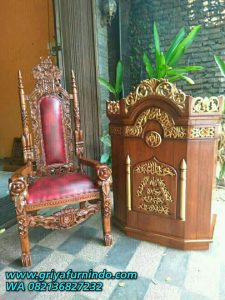 Set Podium Dan Kursi Raja