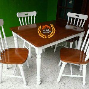 Set Kursi Makan Scandinavian