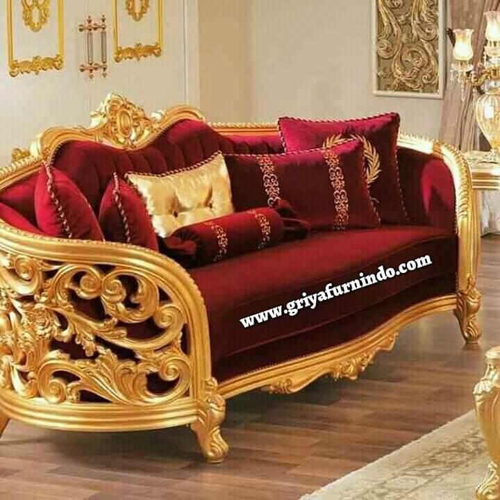 Sofa Ukir Mewah Emas